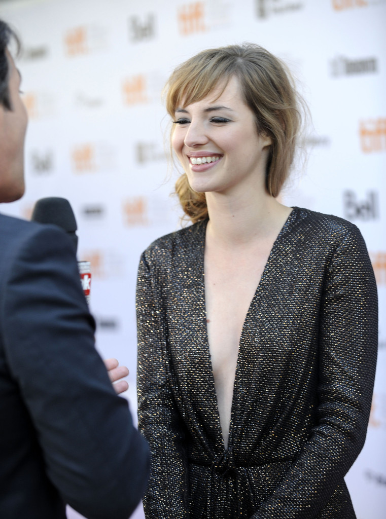 Louise Bourgoin Photos... Reese Witherspoon