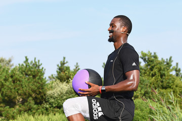 Harrison Barnes Fitbit Launches Ionic, Flyer, Aria 2 & New Premium Offering