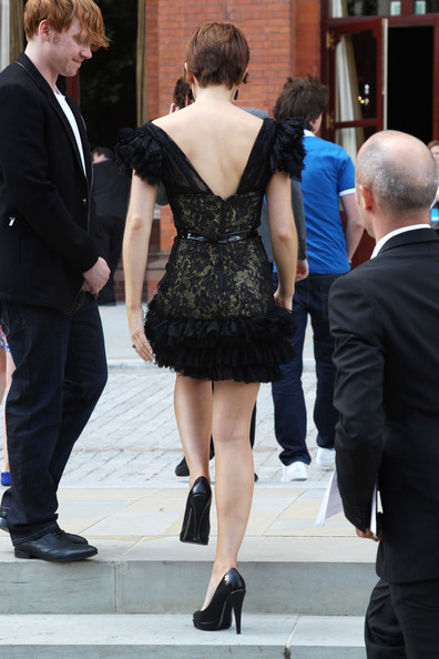 (UK TABLOID NEWSPAPERS OUT) Emma Watson attends a photocall for Harry Potter and the Deathly Hallows at The Renaissance St Pancras Hotel on July 6, 2011 in London, England.