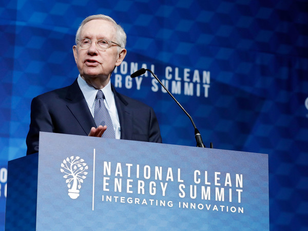National Clean Energy Summit 9.0: Integrating Innovation In Las Vegas [public speaking,spokesperson,speech,orator,sky,event,font,company,world,news,u.s.,las vegas,nevada,national clean energy summit 9.0: integrating innovation in las vegas,harry reid]