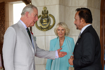Hassanal Bolkiah The Prince Of Wales & Duchess Of Cornwall Visit Singapore, Malaysia, Brunei And India - Day 4