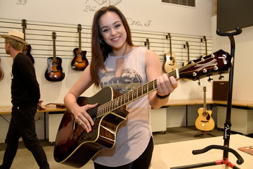 Hayley Orrantia Fender Celebrates Hollywood Office Grand Opening With Exclusive Performances by Cold War Kids and Bleached