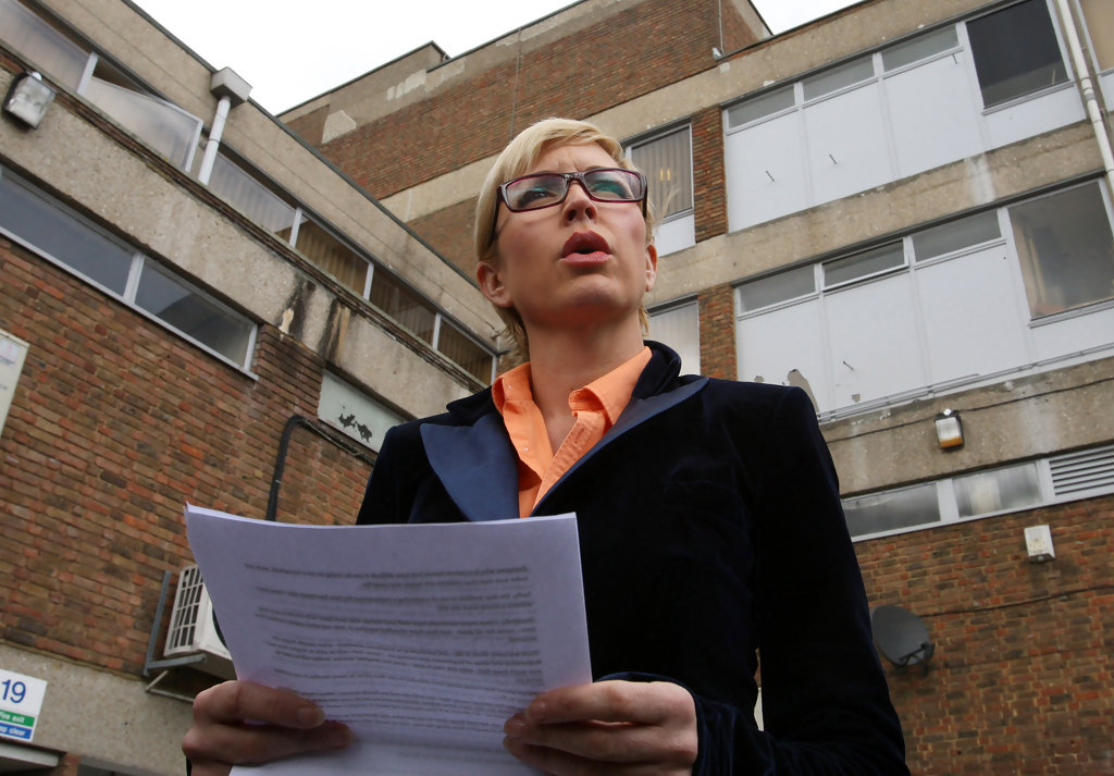 Heather Mills Employment Tribunal Continues - Pictures ...