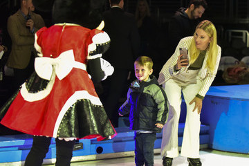 """Heather Morris 2019 Disney On Ice """"Mickey's Search Party"""""""