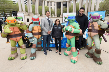 Hebru Brantley Nickelodeon and Chicagoland Speedway Team Up With Danica Patrick To Announce Teenage Mutant Ninja Turtles 400 Race On Sept. 18