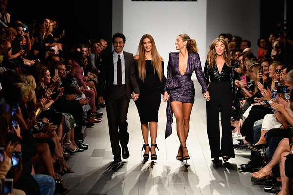 Heidi Klum Jessica Alba Nina Garcia Zac Posen Heidi Klum And Jessica Alba Photos Project Runway Runway September 2017 New York Fashion Week The Shows Zimbio