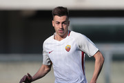 Stephan El Shaarawy of AS Roma in action during the serie A match between Hellas Verona FC and AS Roma at Stadio Marc'Antonio Bentegodi on February 4, 2018 in Verona, Italy.