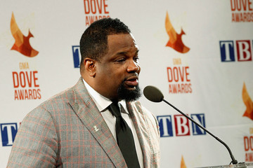 Hezekiah Walker Backstage at the 45th Annual Dove Awards