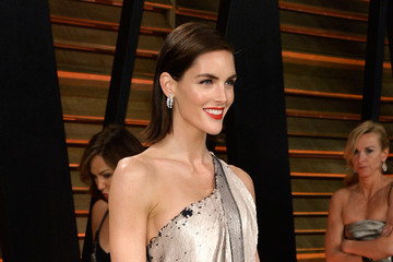 Hilary Rhoda Stars at the Vanity Fair Oscar Party