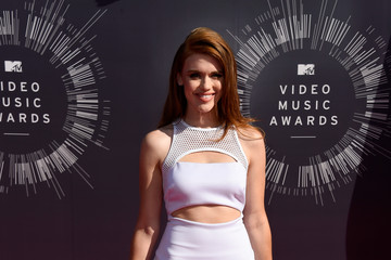 Holland Roden Arrivals at the MTV Video Music Awards — Part 2