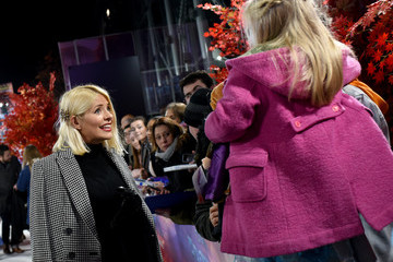 Holly Willoughby European Premiere Of Disney's 'Frozen 2'