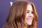 Isla Fisher attends The Hollywood Reporter's 2017 Women In Entertainment Breakfast at Milk Studios on December 6, 2017 in Los Angeles, California.