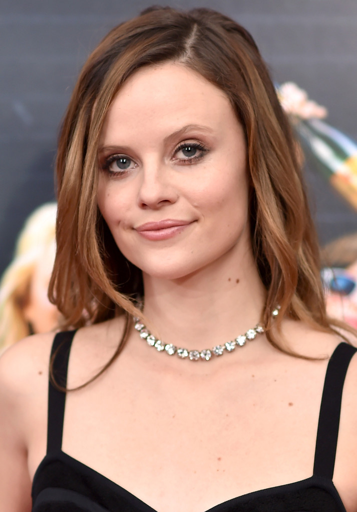 Sarah Ramos Nude Photos 96