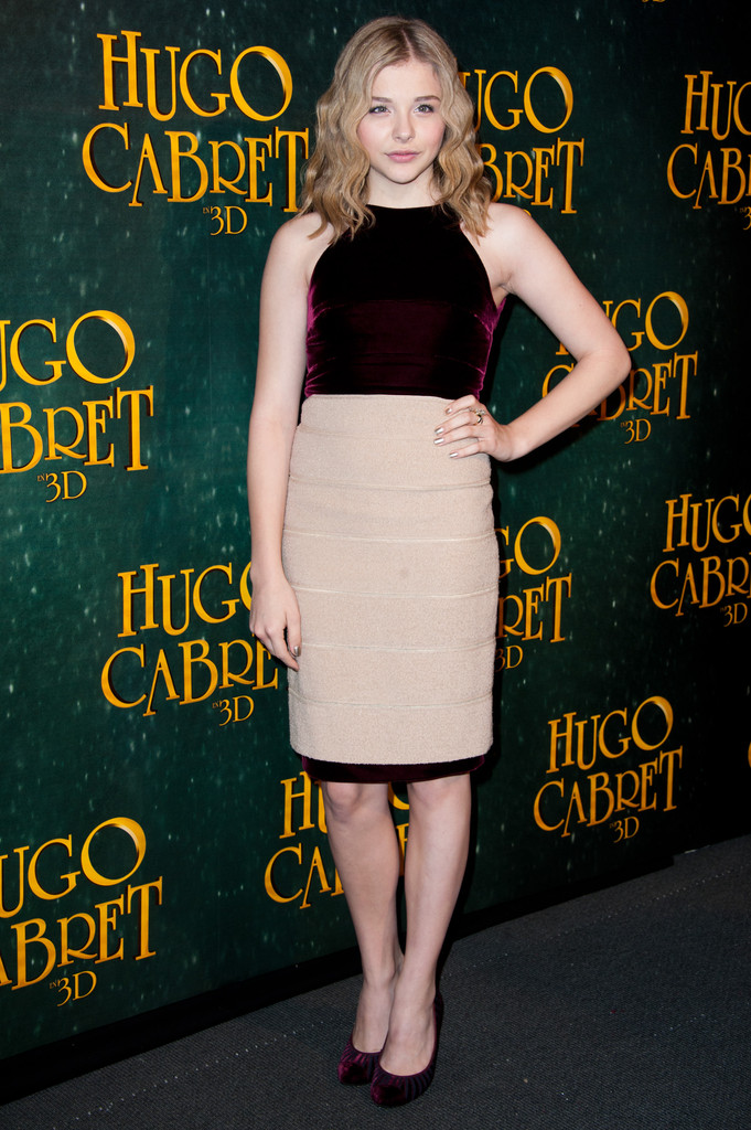 chloe grace moretz in hugo cabret 3d paris premiere