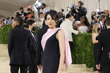 Huma Abedin The 2021 Met Gala Celebrating In America: A Lexicon Of Fashion - Arrivals