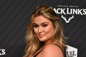 Hunter McGrady SPORTS ILLUSTRATED 2017 Sportsperson of the Year Show