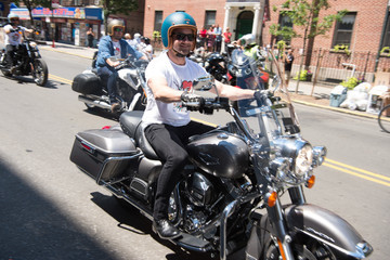 Ian Bohen Kiehl's Partners With Rxart to Launch 7th Annual Liferide for amfAR