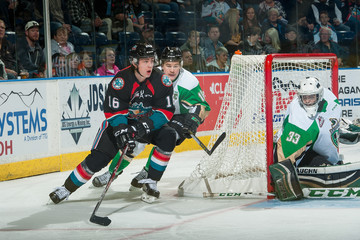 Ian Scott Prince Albert Raiders v Kelowna Rockets