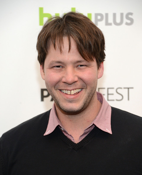 ike barinholtz brother