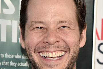 Ike Barinholtz AFI FEST 2017 Presented by Audi - Screening of 'The Disaster Artist' - Red Carpet