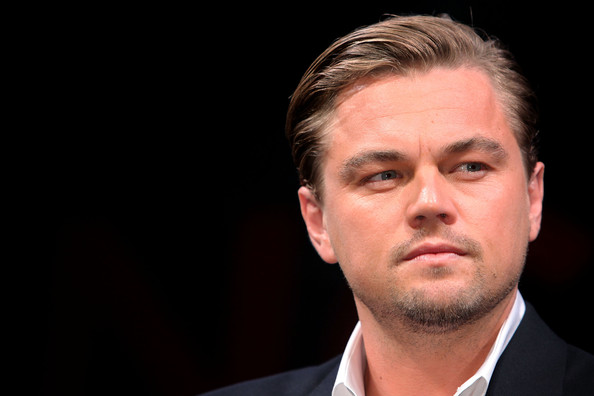 http://www1.pictures.zimbio.com/gi/Inception+Press+Conference+ye2_176yJx1l.jpg