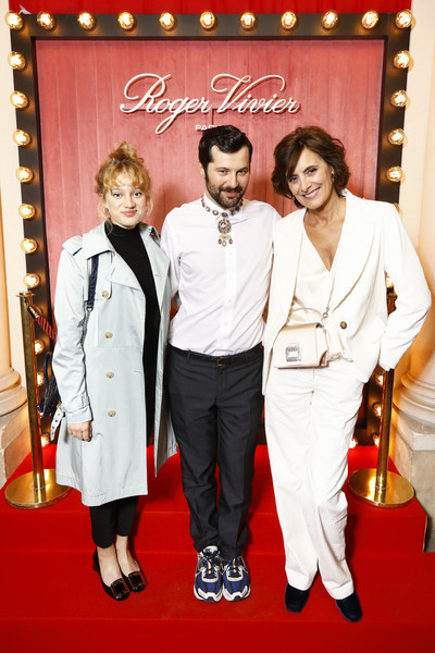 Roger Viviver: Photocall - Press Day - Hotel Vivier - Paris Fashion Week - Womenswear Spring Summer 2020 [red carpet,red,event,fashion,carpet,suit,premiere,flooring,formal wear,tuxedo,roger viviver,hotel vivier,gherardo felloni,nadia tereszkiewicz,ines de la fressange,l-r,photocall - press,roger vivier press,paris fashion week,paris fashion week womenswear spring summer]