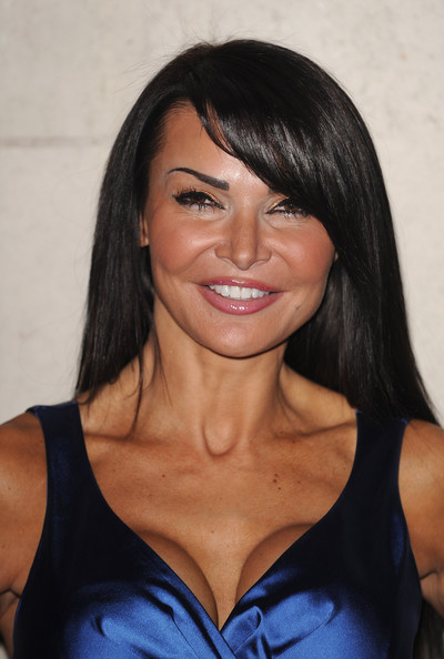 lizzie cundy plastic surgery. cunt that is Jason Cundy.