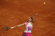 Simona Halep of Romania serves in her round three match against Dayana Yastremska of Ukraine during day five of the Internazionali BNL d'Italia at Foro Italico on September 18, 2020 in Rome, Italy.
