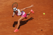 Simona Halep of Romania stretches to play a forehand in her round three match against Dayana Yastremska of Ukraine during day five of the Internazionali BNL d'Italia at Foro Italico on September 18, 2020 in Rome, Italy.