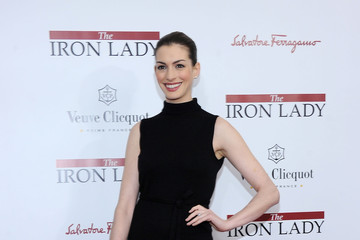 """Anne Hathaway """"The Iron Lady"""" New York Premiere - Arrivals"""