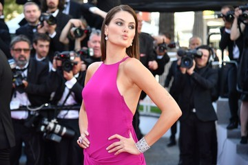 Isabeli Fontana 'The Square' Red Carpet Arrivals - The 70th Annual Cannes Film Festival
