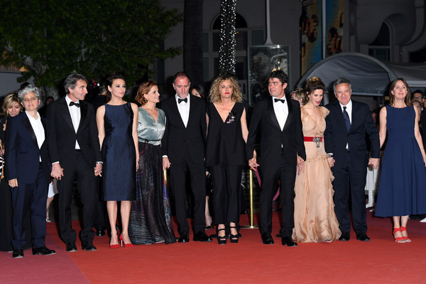 'Under The Silver Lake' Red Carpet Arrivals - The 71st Annual Cannes Film Festival