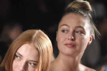 Iskra Lawrence Badgley Mischka - Front Row - September 2017 - New York Fashion Week: The Shows
