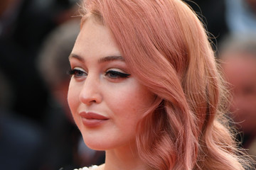 Iskra Lawrence 'Sink Or Swim (Le Grand Bain)' Red Carpet Arrivals - The 71st Annual Cannes Film Festival