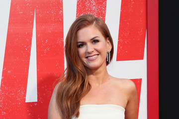 Isla Fisher Premiere Of Warner Bros. Pictures And New Line Cinema's 'Tag' - Arrivals