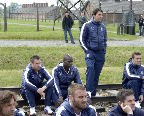 Video & Pictures: The Italian national team visit Auschwitz ahead of Euro 2012