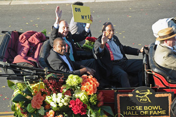 Ron Dayne J.R. Martinez Marshalls the Rose Parade