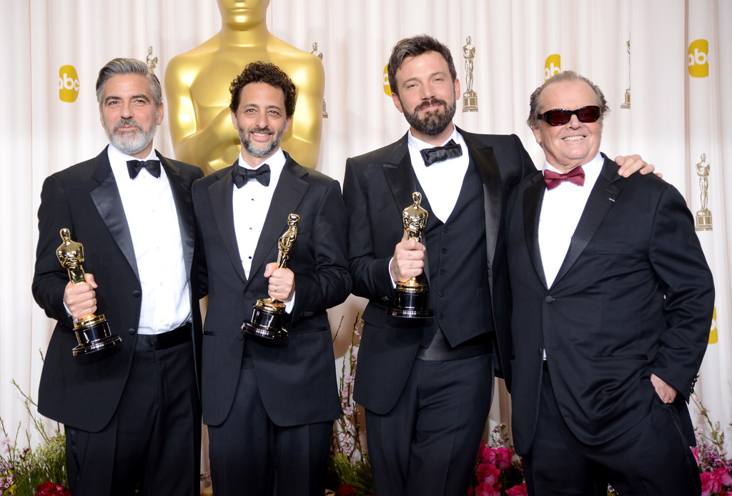 http://www1.pictures.zimbio.com/gi/Jack+Nicholson+85th+Annual+Academy+Awards+HgyGhg3R1_fx.jpg