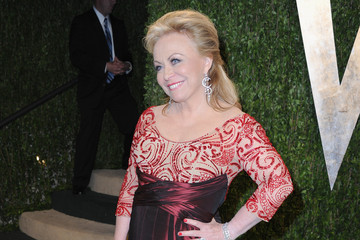 Jacki Weaver 2013 Vanity Fair Oscar Party Hosted By Graydon Carter - Arrivals