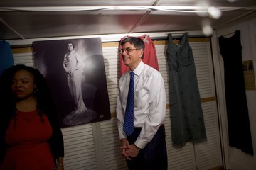 Jacob Lew Treasury Secretary Jacob Lew Visits Marian Anderson Residence Museum Discussing Her Inclusion on 5 Dollar Bill