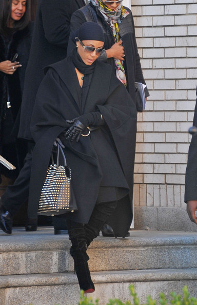 Tupac Funeral Pictures Jada+pinkett+smith+heavy+ ...