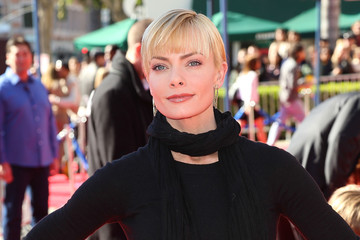 "Jaime Pressly Premiere Of ""The LEGO Movie"" - Arrivals"