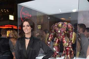 Jaimie Alexander World Premiere of Marvel's 'Avengers: Age Of Ultron' - Red Carpet