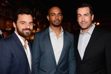 "Jake Johnson Damon Wayans Jr. Spike TV's ""Guys Choice 2014"" - Backstage And Audience"