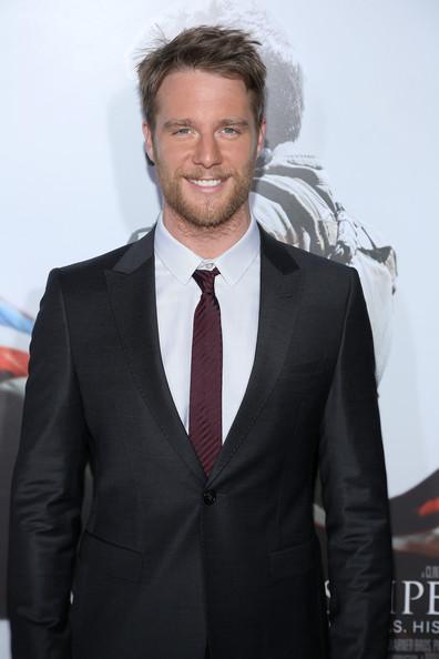 jake mcdorman 2017 - photo #38