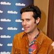 """James Callis Gillette Ask Couples At Sundance To """"Kiss & Tell"""" If They Prefer Stubble Or Smooth Shaven - Day 1 - 2013 Park City"""