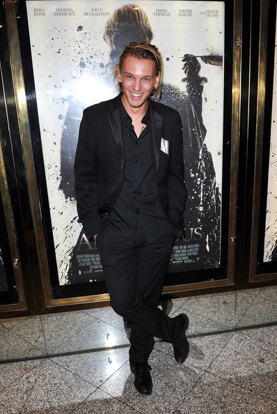 Jamie Campbell Bower Photos Photos - Anonymous - Premiere ...