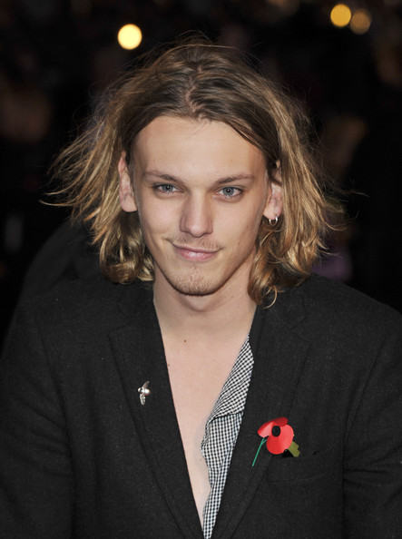 Jamie Campbell Bower - Gallery Photo Colection