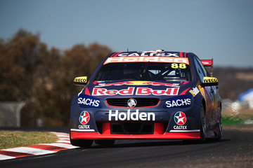 Jamie Whincup Supercars - Bathurst 1000: Practice & Qualifying