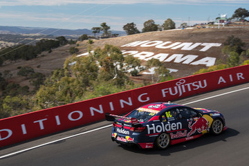 Jamie Whincup Supercars - Bathurst 1000: Practice & Top 10 Shootout